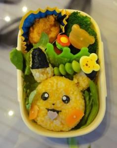 Kyaraben pokemon Pikachu onigiri